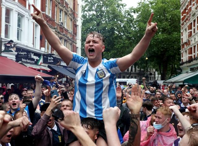 <p>Scotland Fans – London</p>