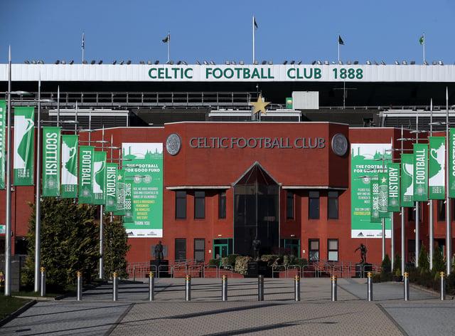 Celtic have snapped up teenage striker Joey Dawson