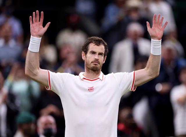 Andy Murray celebrates beating Oscar Otte