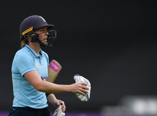 """England captain Heather Knight was left """"frustrated"""" by her side's collapse"""