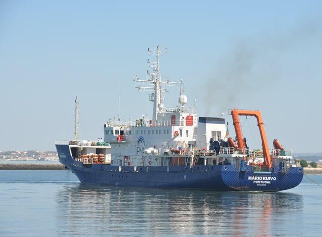 Research vessel Mario Ruivo