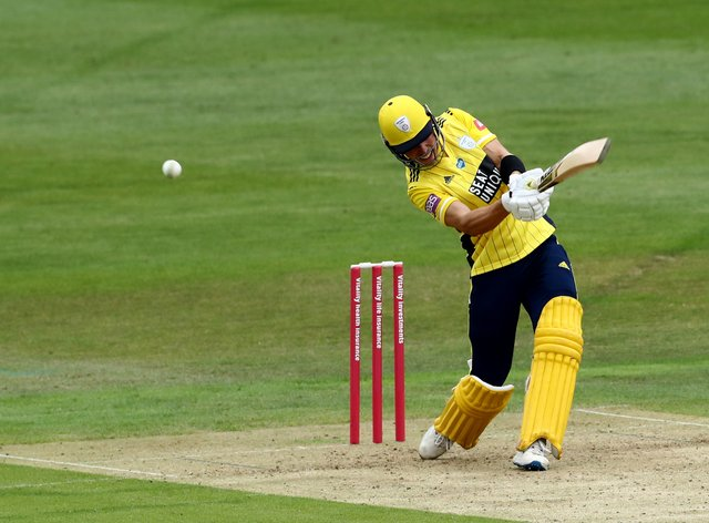 Joe Weatherley struck 43 from 13 balls as Hampshire stormed to victory over Glamorgan in the Vitality Blast
