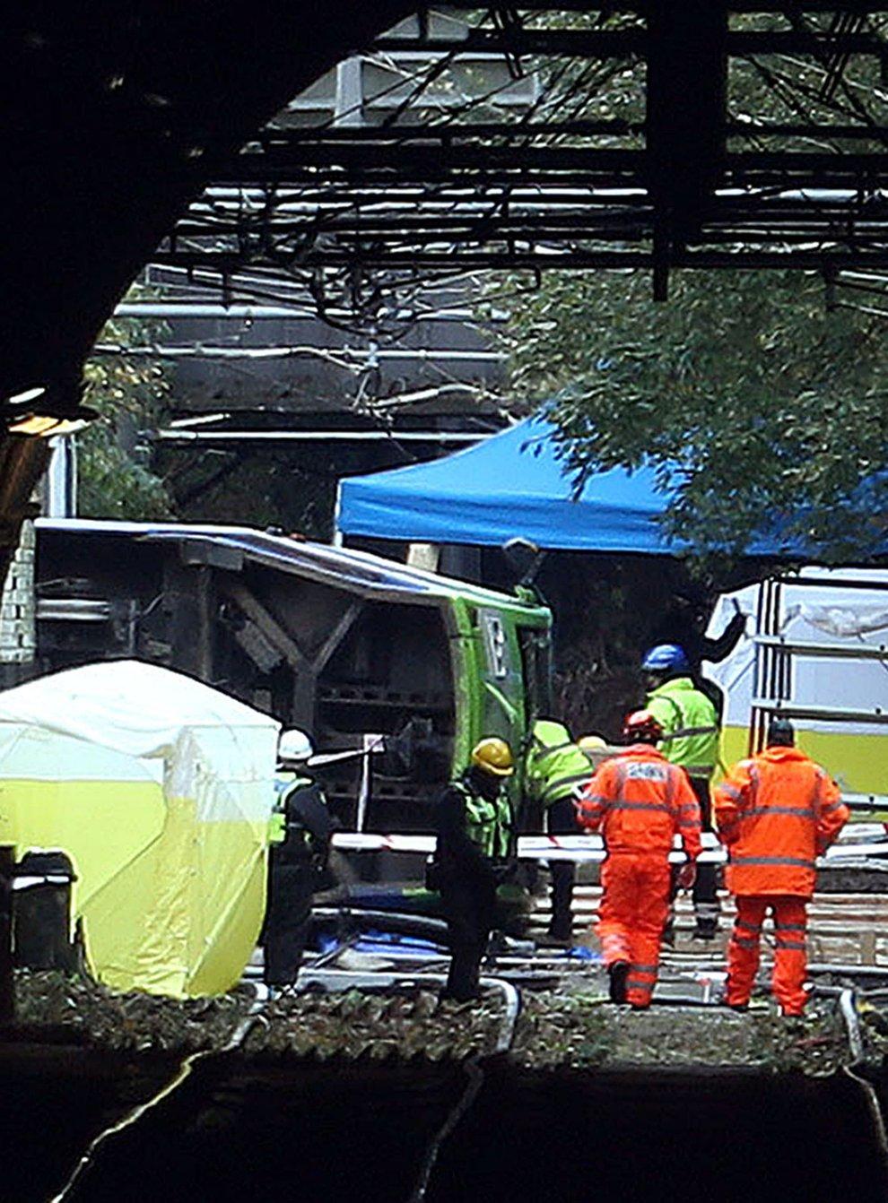 Investigation work after the Croydon tram crash (Steve Parsons/PA)